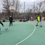Bild 2: Basketball und Seilspiele